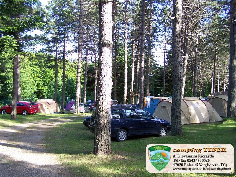 prospettiva-camping-tiber-fumaiolo-balze